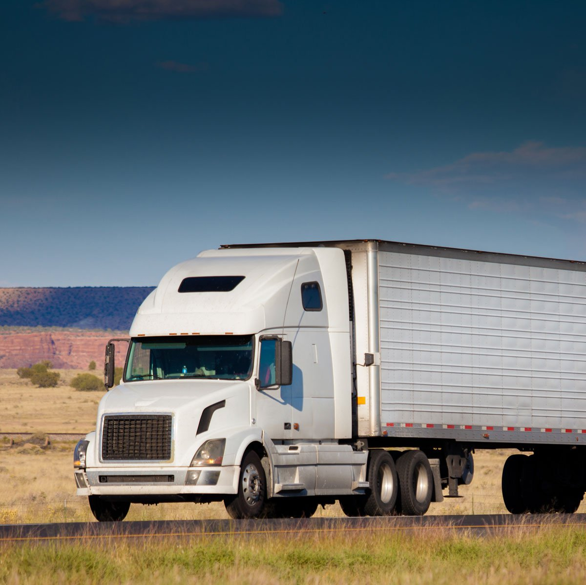 How Much Does it Cost to Start a Trucking Company? | Apex