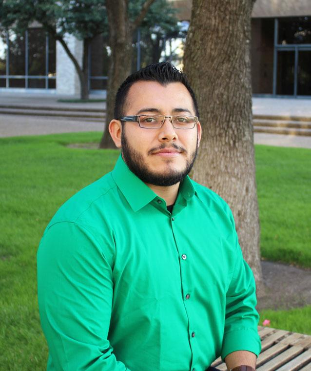Huriel Saldivar | Apex Account Executive