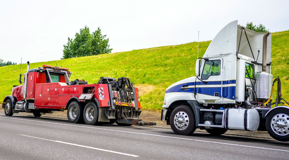 Discounts truck towing service